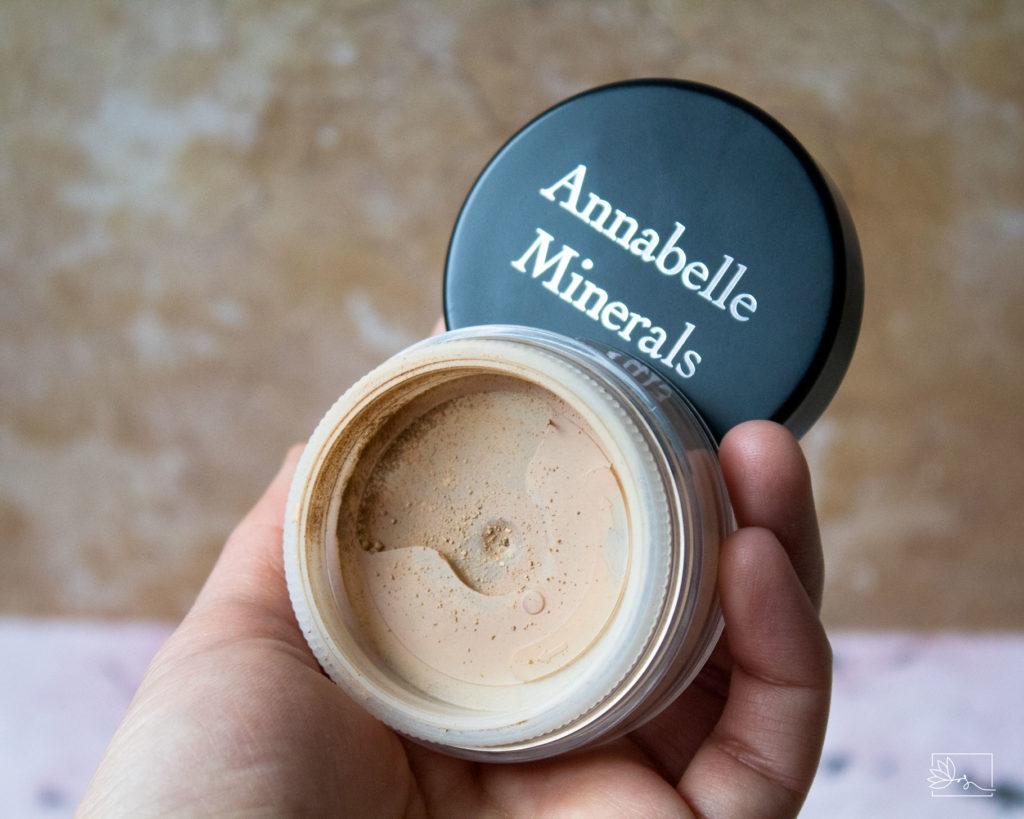 Annabelle Minerals mineralny podkład kryjący Golden Light