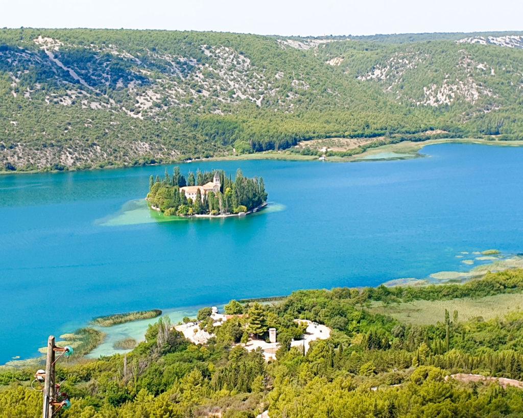 Wyspa Visovac w Parku Narodowym Krka